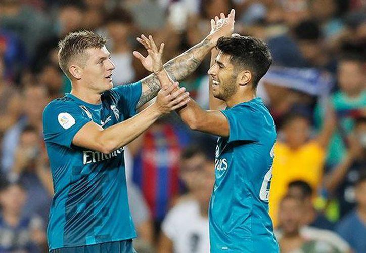 El Madrid golpeó en la ida de la final de la Supercopa de España y se impuso en un clásico. (Twitter/@realmadrid).