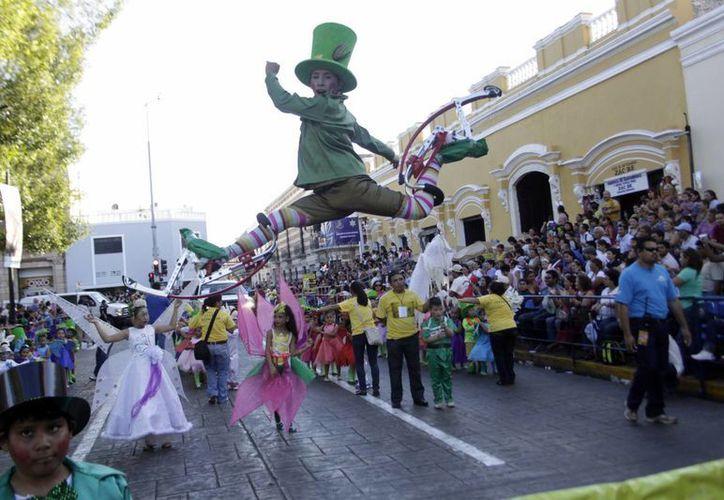 El Carnaval terminará de paralizar las actividades escolares el lunes y martes próximos. (SIPSE(Christian Ayala)