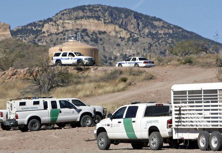 El año pasado, agentes de la Patrulla Fronteriza recuperaron 69 cadáveres o restos de inmigrantes indocumentados. Imagen de contexto. (Archivo/AP)
