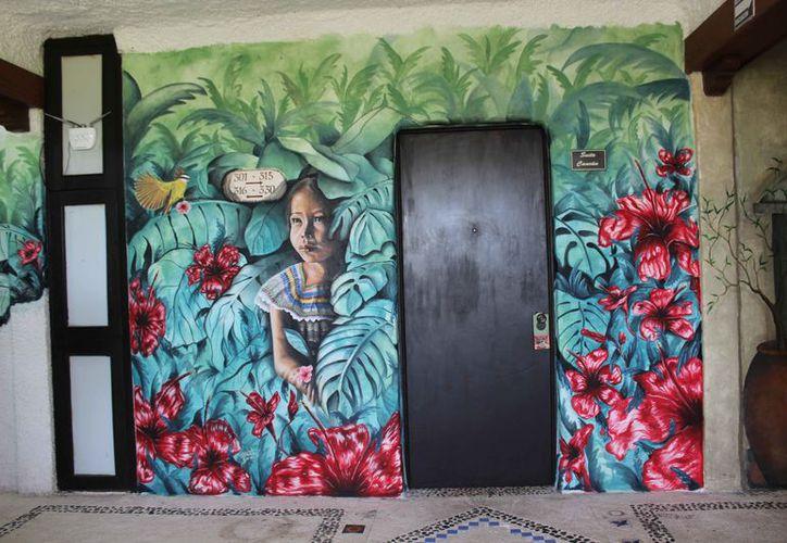 Una de las pinturas que ha trabajado el muralista. (Faride Cetina/SIPSE)