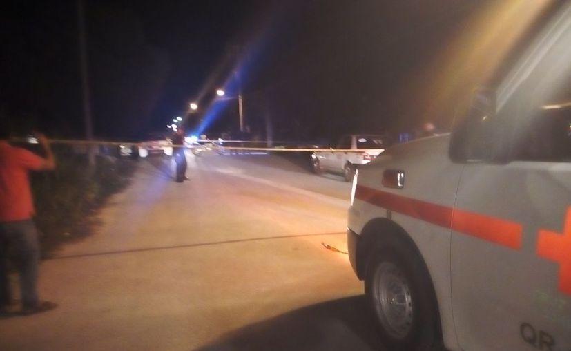 Disparan contra un hombre mientras iba a bordo de un taxi en Tulum. (Redacción/SIPSE)