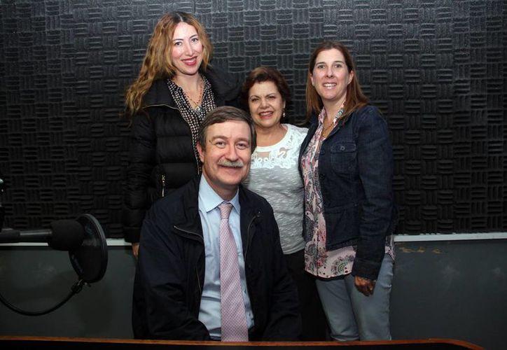 """El doctor e investigador Antonio Yagüe estuvo ayer en el programa """"Salvemos Una Vida"""". (Milenio Novedades)"""