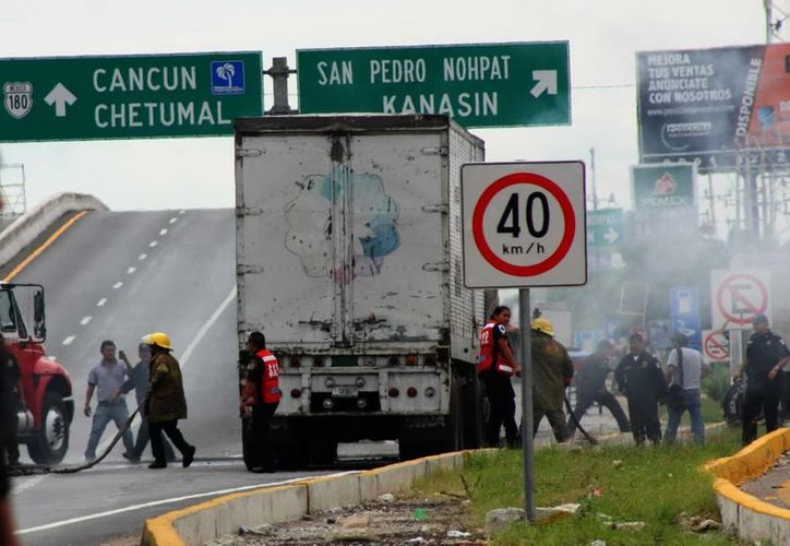 La carretera a Cancún ha sido mudo testigo de muchos hechos viales que han costado la vida a los involucrados. (SIPSE)