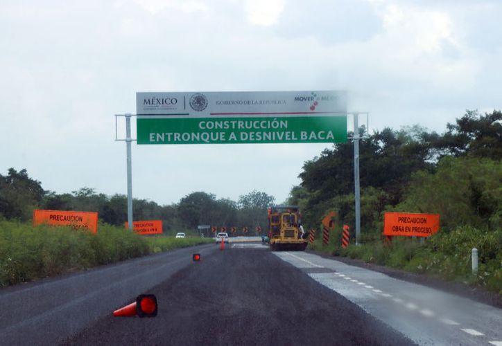 En breve será inaugurado el distribuidor vial del entronque de Baca-Yaxcucul. (Jorge Acosta/Milenio Novedades)