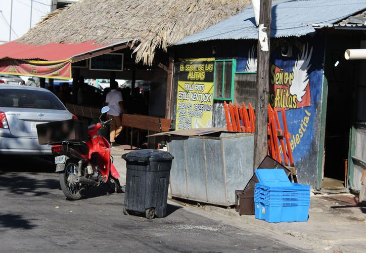 La Dirección Contra Riesgos Sanitarios verificará 500 establecimientos en el operativo Guadalupe-Reyes. (Joel Zamora/SIPSE)