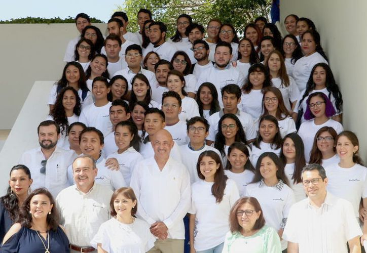 24 estudiantes se incorporarán a instituciones de Educación Superior nacionales y otros 40 a escuelas del extranjero. (Milenio Novedades)