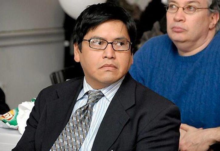 Cabrera podrá empezar a ocupar el puesto que se le ofreció hace dos años de administrador de un programa para inmigrantes mexicanos en Baruch College. (Foto: Facebook Angelo Cabrera)