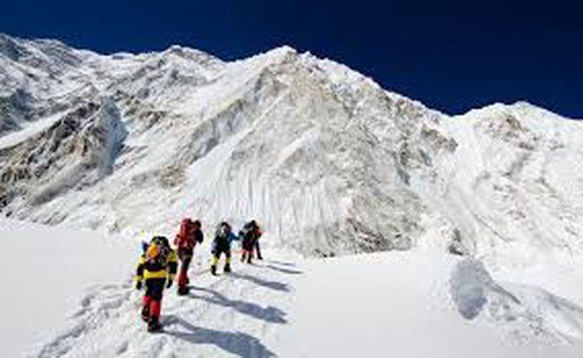 Ramiro Herrera, el inmigrante de 72 años de edad, planea convertirse el próximo año en el mexicano de mayor edad en escalar el Everest.  (Contexto/Internet).