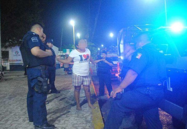 Una mujer acusó ante elementos policiales a su pareja quien la golpeó tras una discusión. (Redacción/SIPSE)