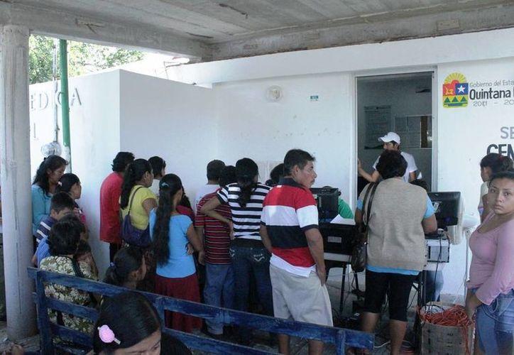 Productores cañeros se ven impedidos de cubrir la cuota de seis mil pesos que pide el seguro social para su afiliación. (Edgardo Rodríguez/SIPSE)