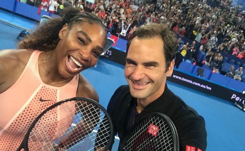 Roger Federer y Serena Williams mostraron sus mejores jugadas en el torneo. (Internet)