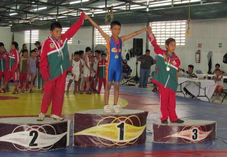 Aseguran fomentar el deporte para el bien de los jóvenes del municipio. (Redacción/SIPSE)
