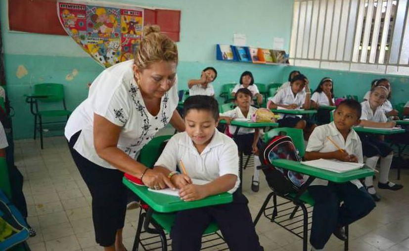 El inicio del ciclo escolar 2017-2018, a partir de mañana, implicará el reforzamiento de los aprendizajes del idioma inglés en escuelas de educación primaria. (Contexto/Internet).