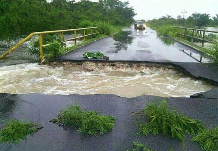 Las carreteras del estado fueron las que registraron el mayor daño por las lluvias atípicas del 31 de mayo al 03 de junio pasados.  (Redacción/SIPSE)
