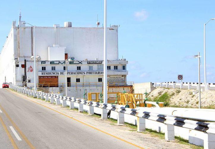 La Profepa constató que Pemex rehabilita ductos en la Residencia de Operación Marítima y Portuaria. (Milenio Novedades)