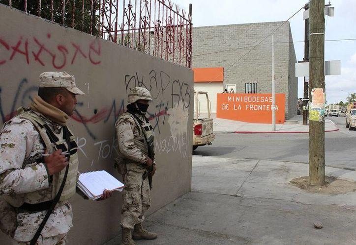 A principios de abril de 2014 fue descubierto otro túnel en Tijuana. La imagen es de esa fecha, con personal militar resguardándolo. (Archivo/Notimex)