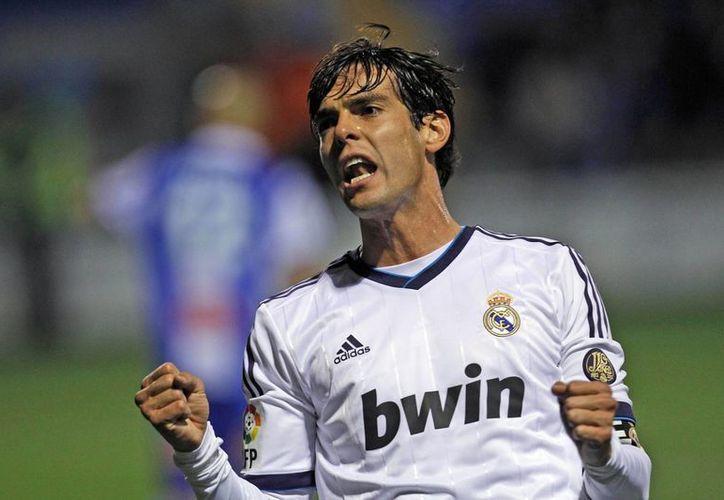 Kaká, Balón de Oro 2007, no ha podido resaltar con los merengues. (Agencias)