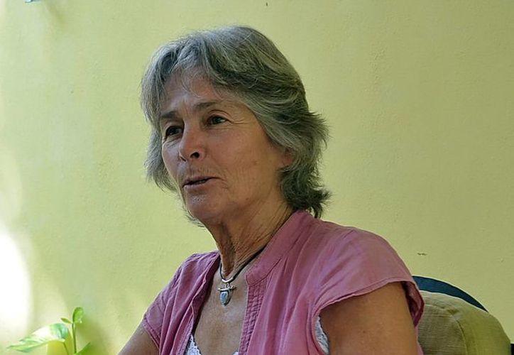 Imagen de la fotógrafa canadiense Bárbara McClatchie Andrews, cuyo cuerpo fue encontrado entre la maleza a la altura de Teya, en la carretera Mérida-Valladolid. (Milenio Novedades)