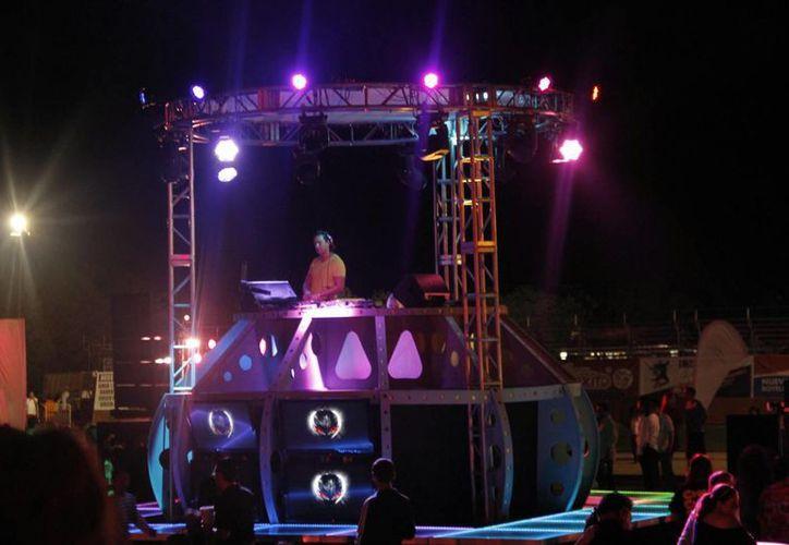 Se presentan conciertos, festivales de música disco, jazz y country. (Israel Leal/SIPSE)