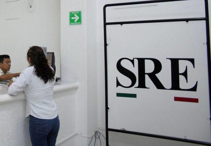 a delegación de la SRE señaló que la renovación del pasaporte es más ágil cuando es de manera individual. (SIPSE)