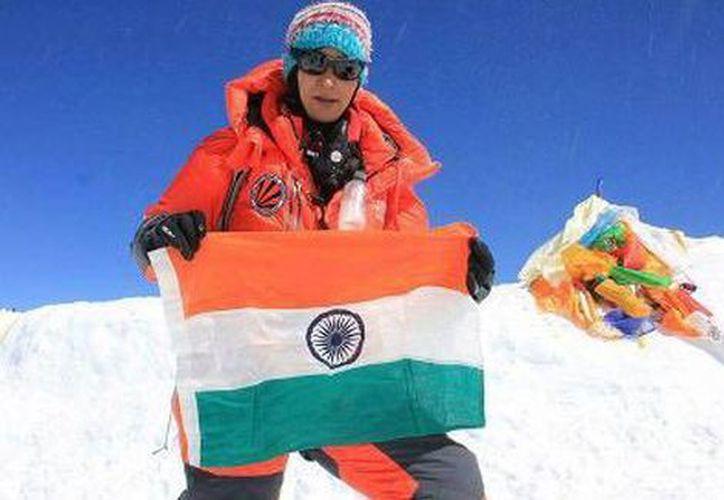 Anshu Jamsenpa escaló dos veces en menos de una semana la cima más alta del mundo, el Everest. (Milenio.com)