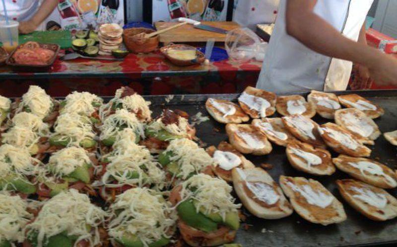 Buscan preparar la torta más grande del mundo — Sólo en México