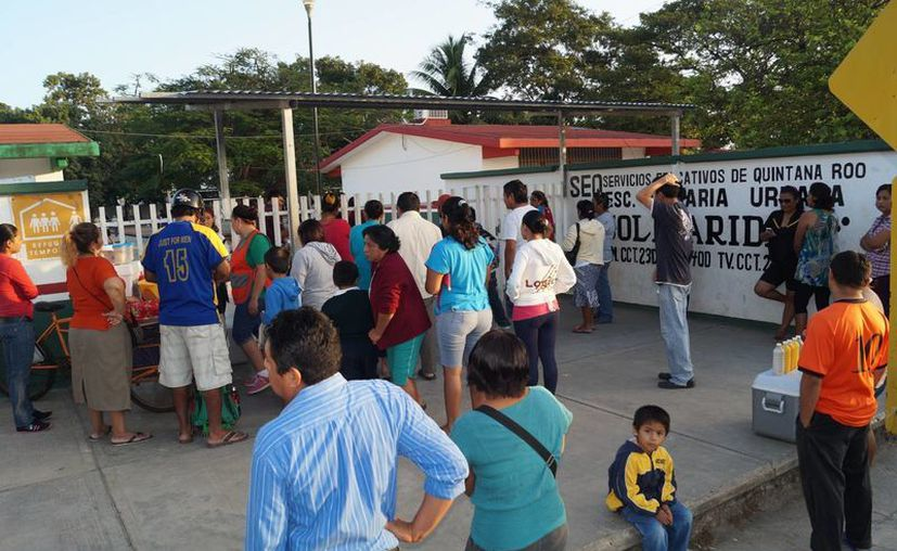 El miércoles 7 de enero un total de 315 mil 164 estudiantes, del nivel básico en Quintana Roo, regresaron a clases. (Harold Alcocer/SIPSE)