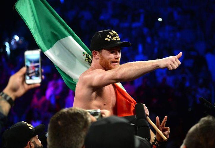 """Por el momento, """"Canelo"""" Álvarez no tiene ninguna notificación de pelea mandatoria, por lo que puede elegir a su rival. (AP)"""