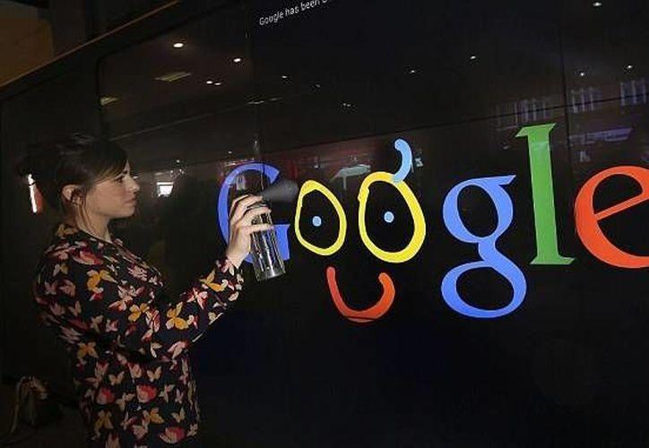 Google Shop ofrece a sus visitantes la opción de hacer un 'graffiti' en el Doodle Wall, una pared electrónica gigante. (dailymail.co.uk)
