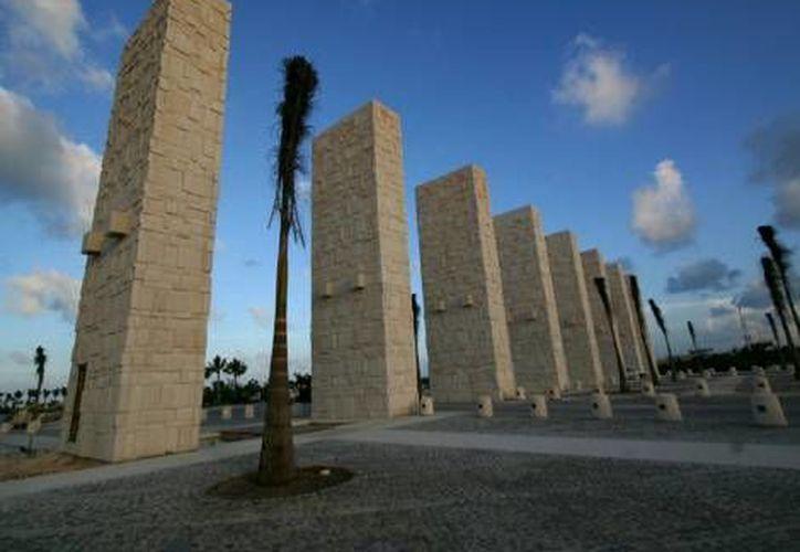 Puerto Cancún es un conjunto residencial con lujosos condominios. (Agencias)