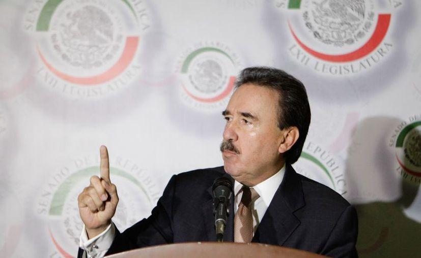 Coordinador de los senadores del PRI, Emilio Gamboa Patrón. (Archivo Notimex)