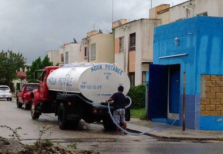 Las pipas deberán contar con la aprobación de la Cofepris para que Conagua pueda proceder a comprarles agua. (Octavio Martínez/SIPSE)