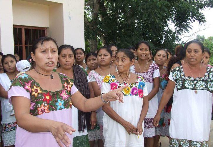 Las condiciones de vida de las familias que habitan en la zonamaya son difíciles, en especial las encabezadas por mujeres. (Rossy López/SIPSE)