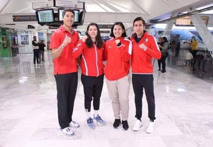 Los integrantes de la selección mexicana de tae kwon do. (Raúl Caballero/SIPSE)