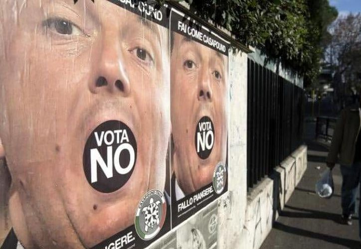 Italia está al borde de una crisis política al tomar ventaja el No en un referéndum constitucional realizado este domingo. (telegraph.co.uk)
