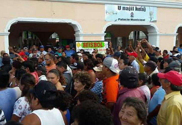 Los pobladores de Dzilam González piden que la gente de otros lugares que llegó a vivir aquí sea expulsada. (Facebook)