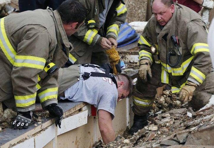 Las labores de rescate podrían prolongarse por días. (Agencias)