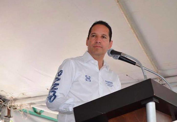 El candidato del Partido Acción Nacional  Francisco Domínguez, es el virtual ganador de las elecciones por la gubernatura. (Facebook Pancho Domínguez)