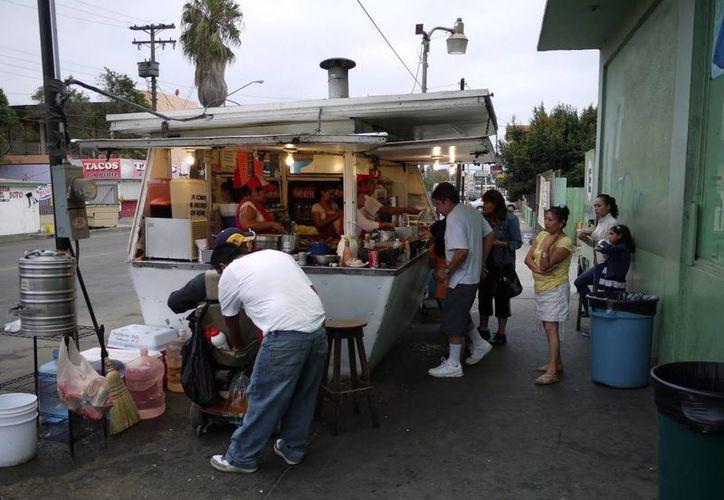 El Paisa pidió que le pagaran... pero nunca lo hicieron. (streetgourmetla.com)