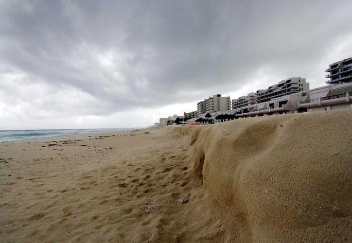 Buscan recursos para la recuperación de 16 playas en México. (Redacción/SIPSE)