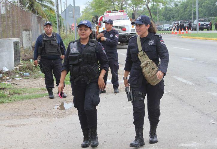 La Oficialía Mayor del Gobierno del Estado, informó que se comprarán 300 kits de equipo antimotines con escudos. (Joel Zamora/SIPSE)