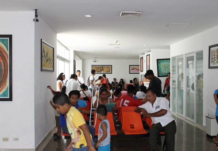 El Hospital General proyecta sumar tres especialidades a las 18 que ya ofrece. (Juan Cano/SIPSE)
