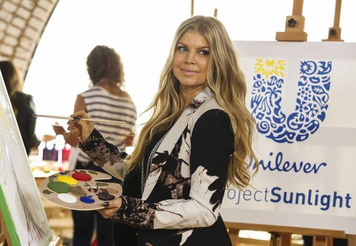 Fergie en campaña de Project Sunlight de Unilever, que exhorta a vivir de manera más sustentable. (Agencias)