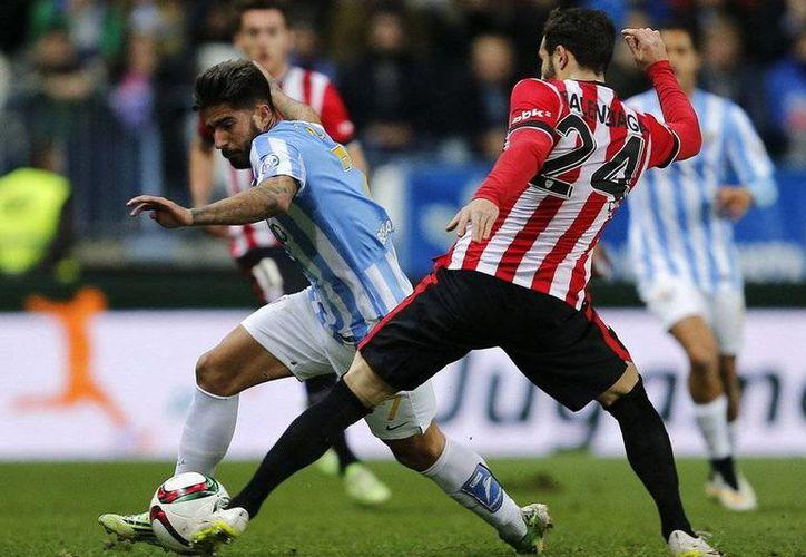 El empate de cuartos de final de Copa del Rey entre Málaga y Bilbao deja con ventaja al conjunto rojiblanco, que será local en el partido de vuelta. (mundodeportivo.com)