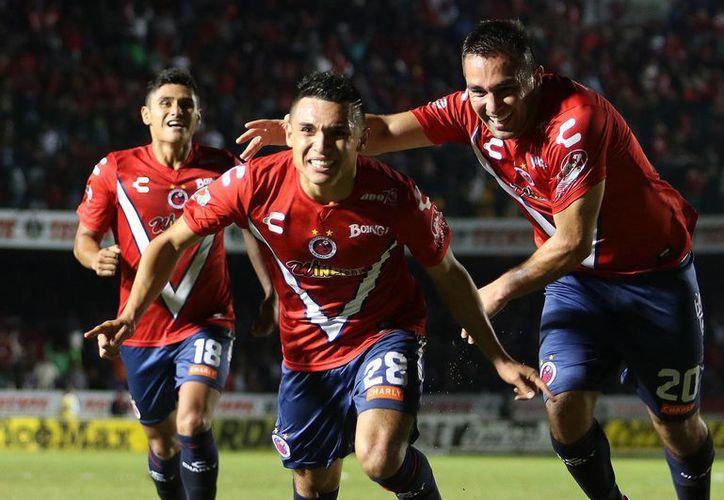 El Veracruz ha logrado escalar posiciones en la tabla de descenso. (Foto: Jam Media)