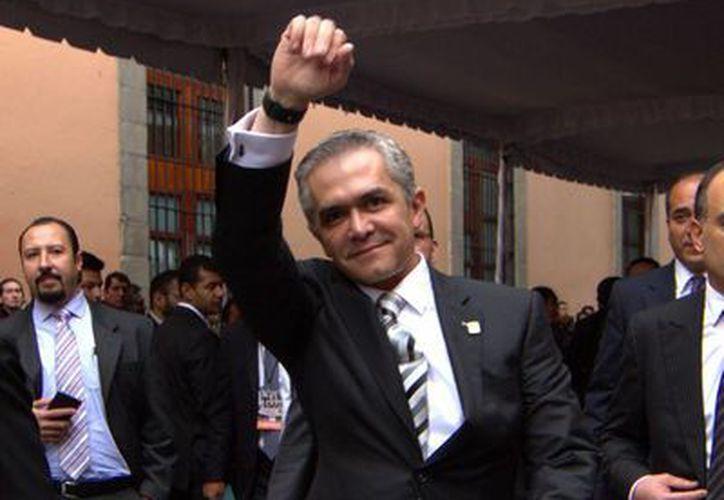 Mancera acudió el jueves a Monterrey al sexto y último informe del gobernador Rodrigo Medina. (Notimex)