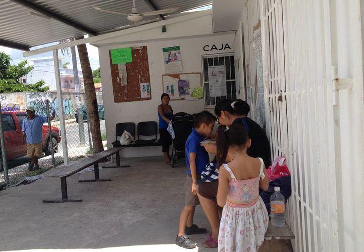 Otras colonias más pequeñas en Playa del Carmen cuentan con centros de salud estatales. (Adrián Barreto/SIPSE)