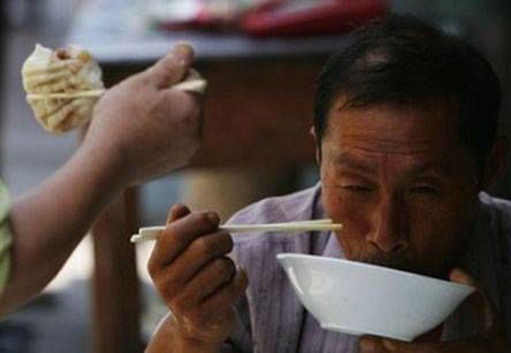 Los palitos para comer se utilizan en toda Asia. (absolut-china.com)