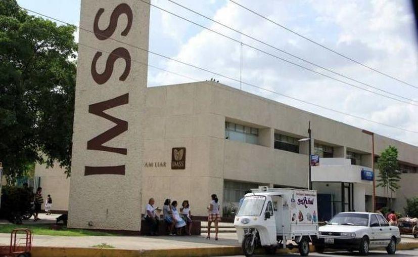 Urgencias y hospitalización, hoy y mañana viernes. (Foto: archivo/SIPSE)