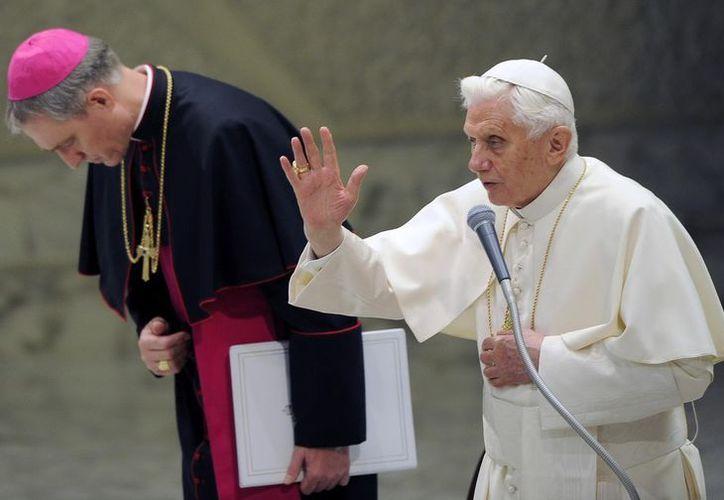 """La historia demuestra que en el pasado el hombre sin relación con Dios ha sido responsable de terribles """"idolatrías"""": Benedicto XVI. (EFE/Foto de archivo)"""